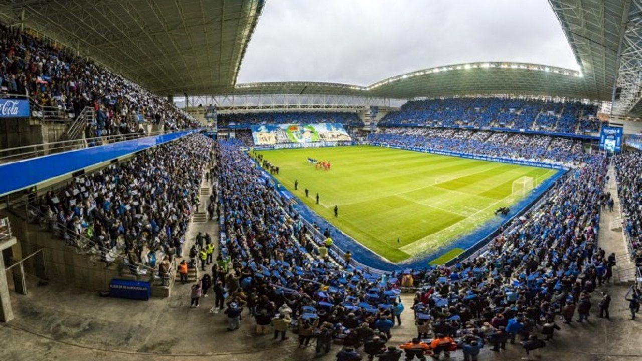 Aficion Real Oviedo Carlos Tartiere.Aficion oviedista llenando el Carlos Tartiere
