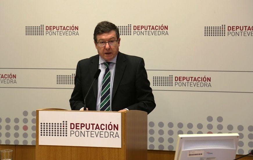 El diputado del grupo de gobierno Carlos López Font fue el encargado ayer de dar a conocer la sanción.