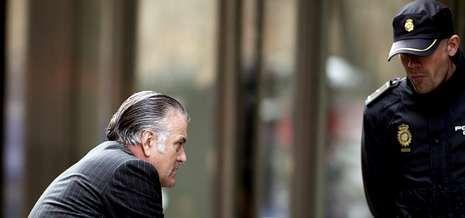 Luis Bárcenas, a su llegada a la Audiencia Nacional para declarar ante el magistrado Pablo Ruz.