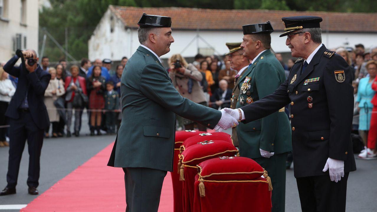 ACTO INSTITUCIONAL CASTRENSE DEL DÍA DEL PILAR EN OURENSE.La Guardia Civil entregó condecoraciones a personal destacado en el día del Pilar