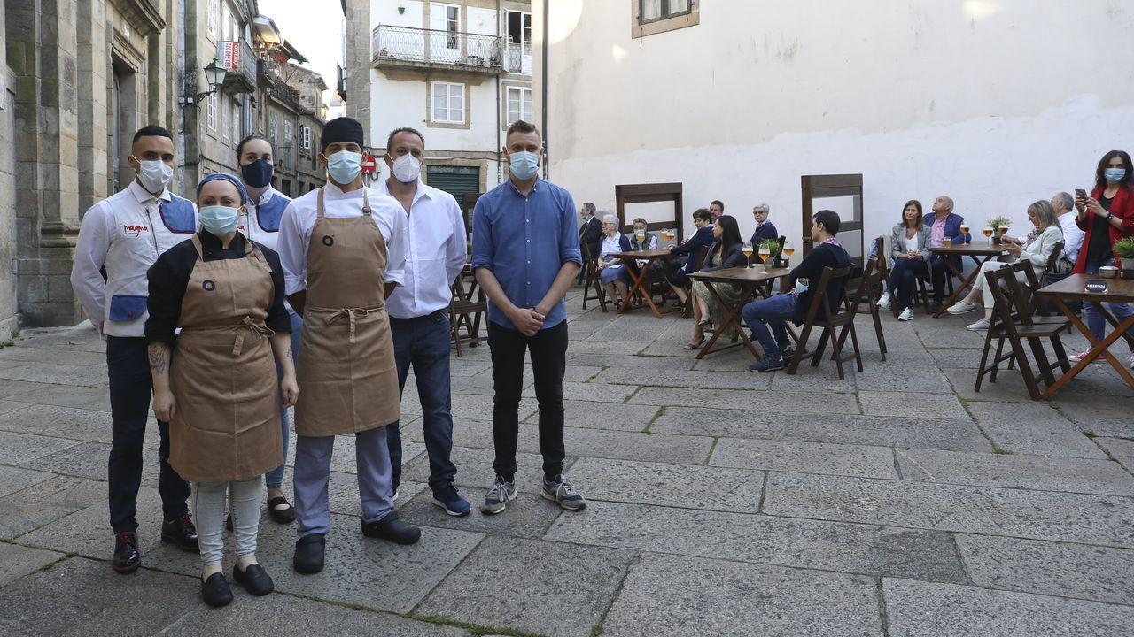Así fue la cena benéfica del restaurante Orixe.Dani Comensoli y Javier Lago, en el interior del restaurante Ágape