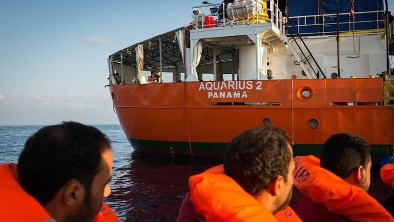 El relato del horror en la voz de mujeres violadas.El barco Aquarius en una imagen de archivo