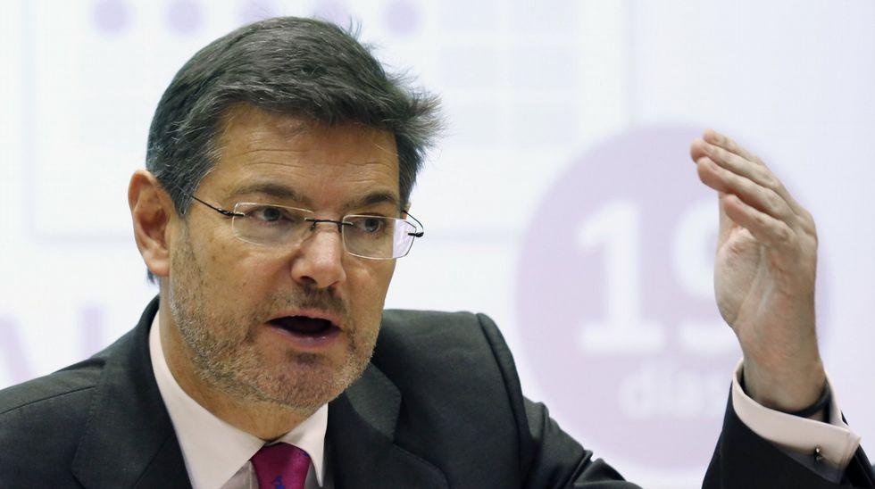 Catalá: «Hay algunos que siembran vientos y ahora recogen ahora recogen tempestades».Nicanor Acosta cuando fue nombrado Republicano del Año