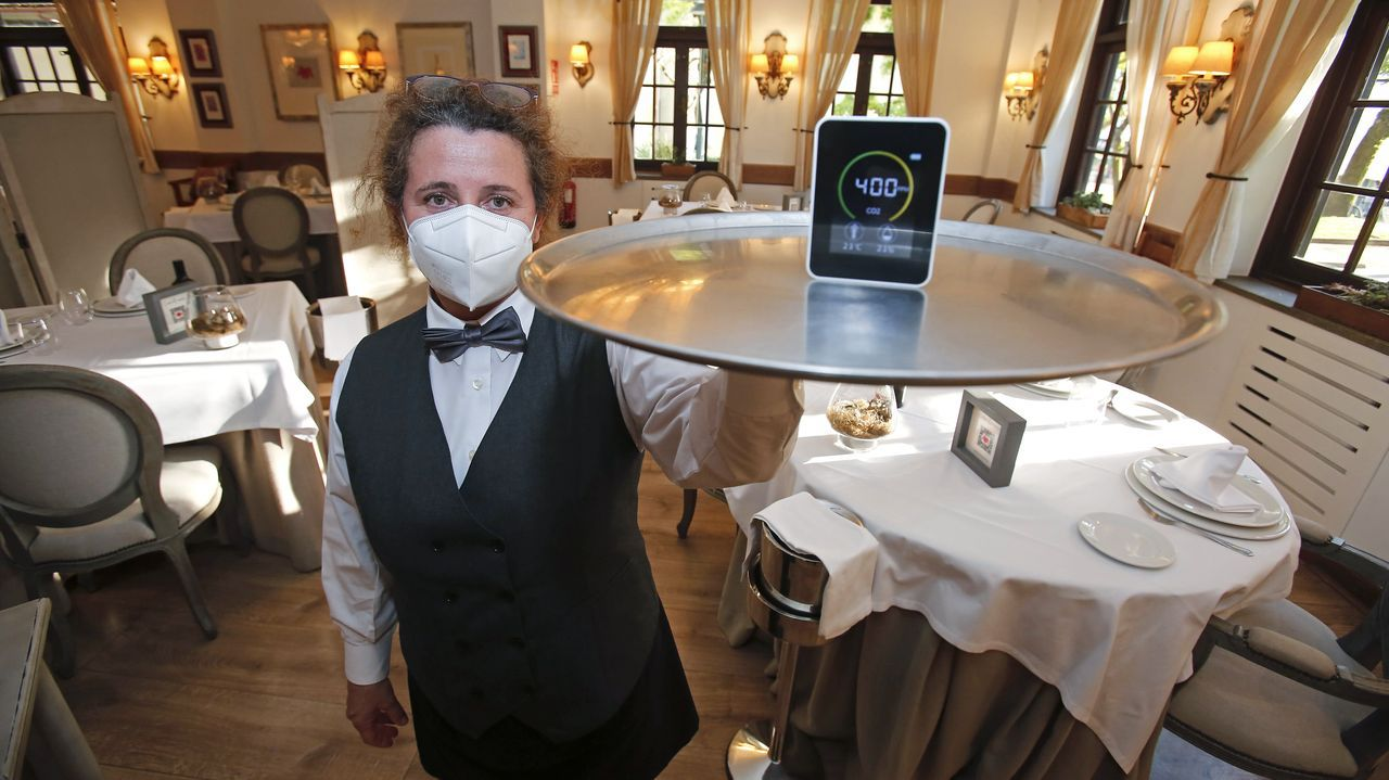 Un medidor de dióxido de carbono en el restaurante Casa Román, de Pontevedra
