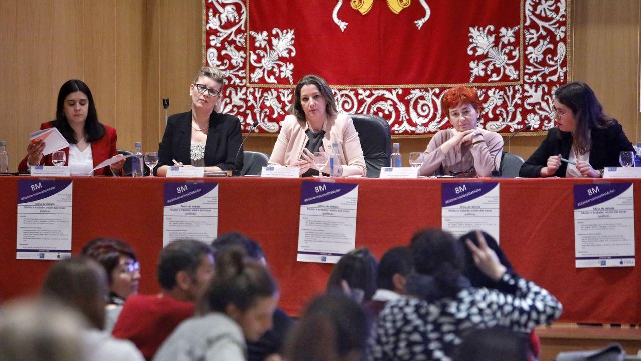 ÁLBUM: El segundo día de cuarentena, en imágenes.LA ALCALDESA DE LUGO CON LOS 15 NUEVOS AGENTES DE LA POLICÍA LOCAL DE LUGO
