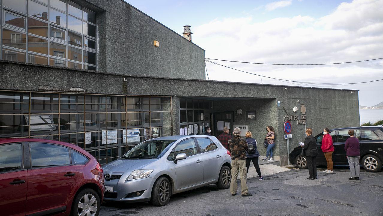 Imagen del centro de salud de Porto do Son, municipio en el que se han detectado más de una veintena de casos en la última semana