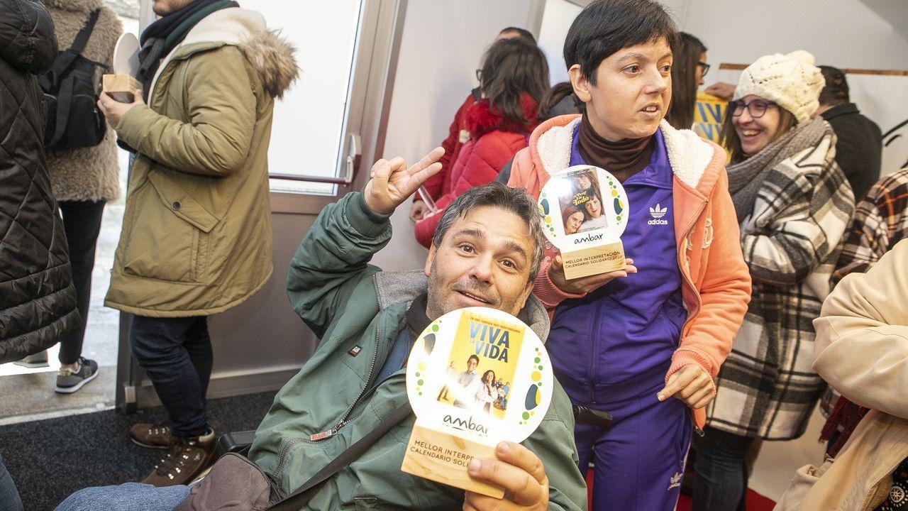 ¡Búscate en la presentación del calendario solidario de AMBAR!.Eduard Fernández (como Millán Astray) y Santi Prego (como Franco) están entre los favoritos de los actores consultados