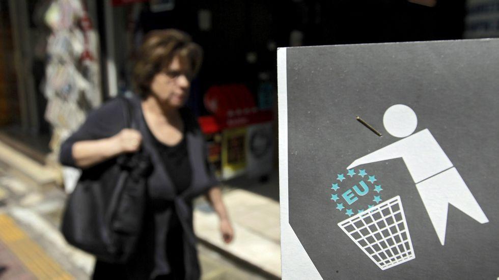 Colas en los cajeros de Grecia.Alexis Tsipras, a la salida de la reunión
