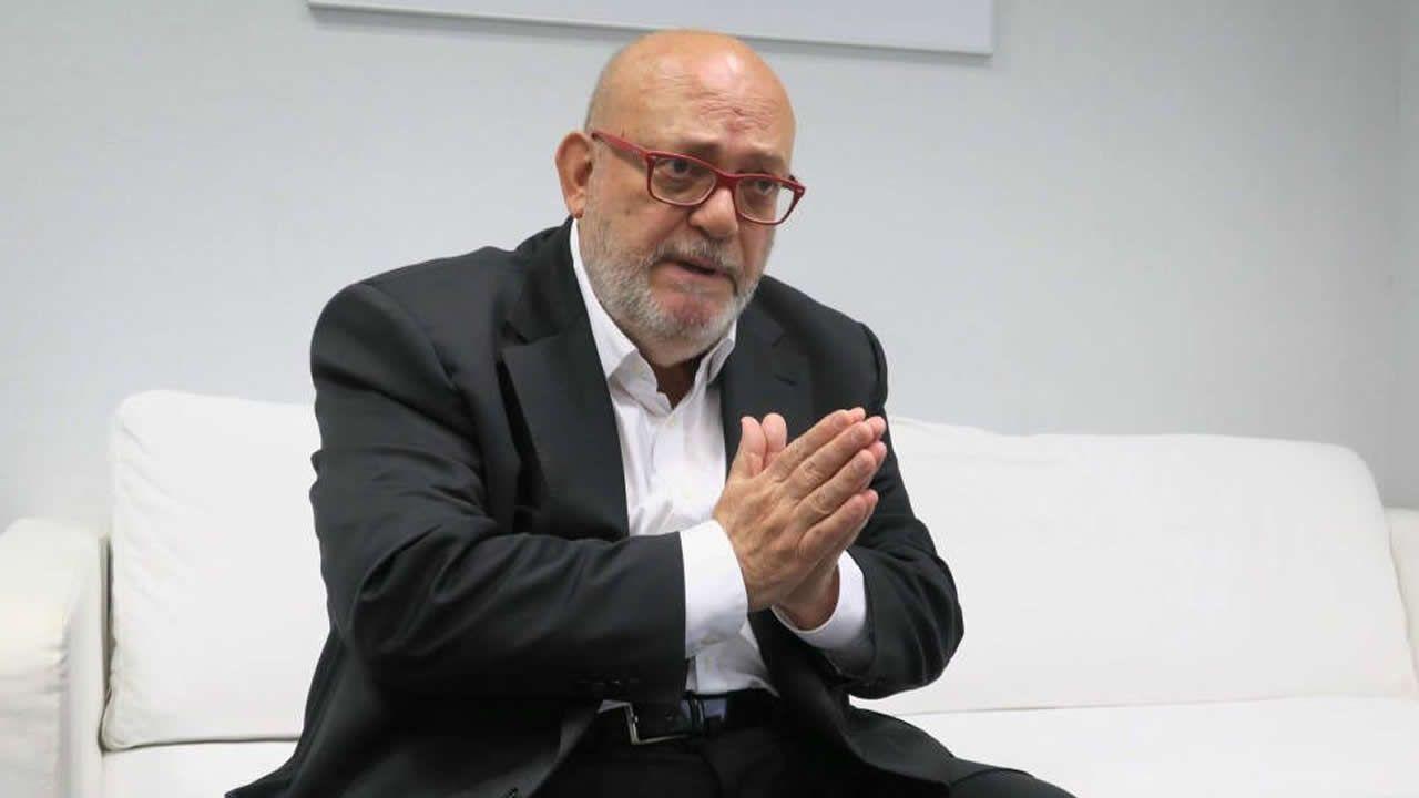 Los ocho mineros asturianos son la élite en rescates en profundidad.El conocido periodista Francisco Pérez Abellán falleció repentinamente a los 64 años