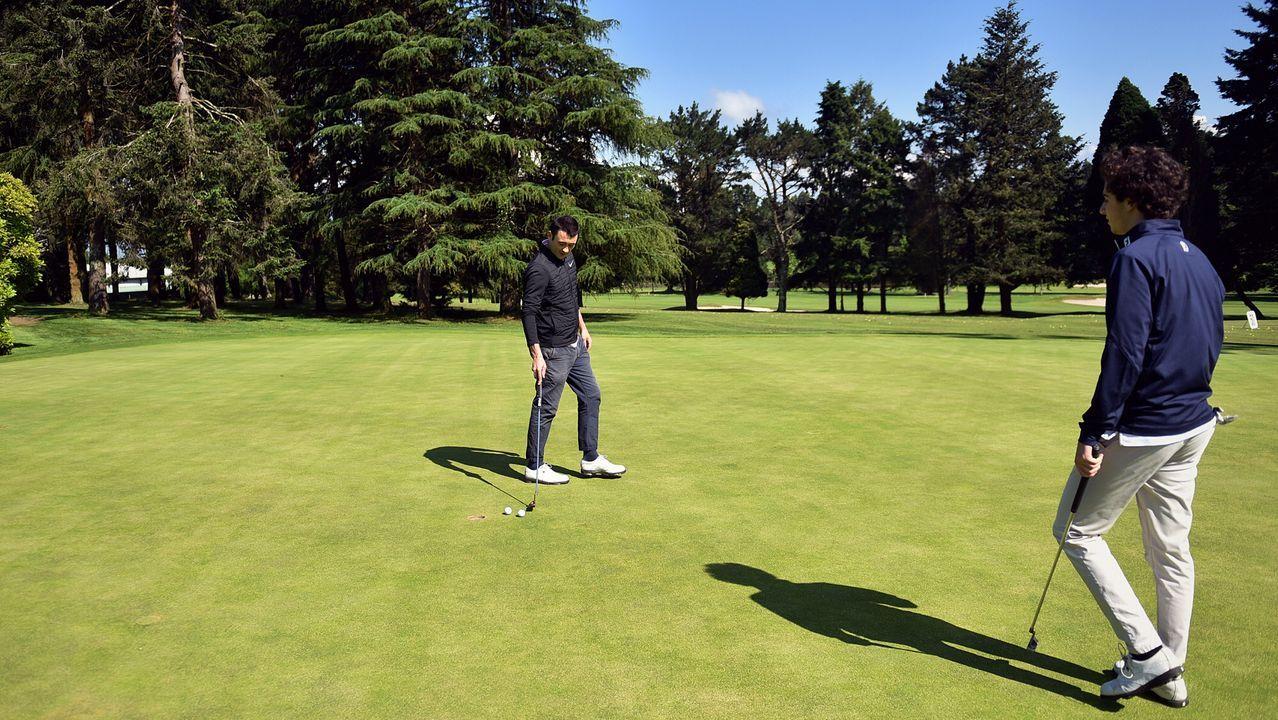 Los campos de golf reciben a sus primeros deportistas.Carlos Rodríguez, en una imagen de archivo