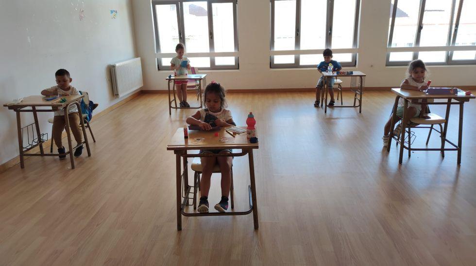 La Xunta exige para las actividades de verano una distancia social en niños de todas las edades, pero no lo prevé para el inicio de curso
