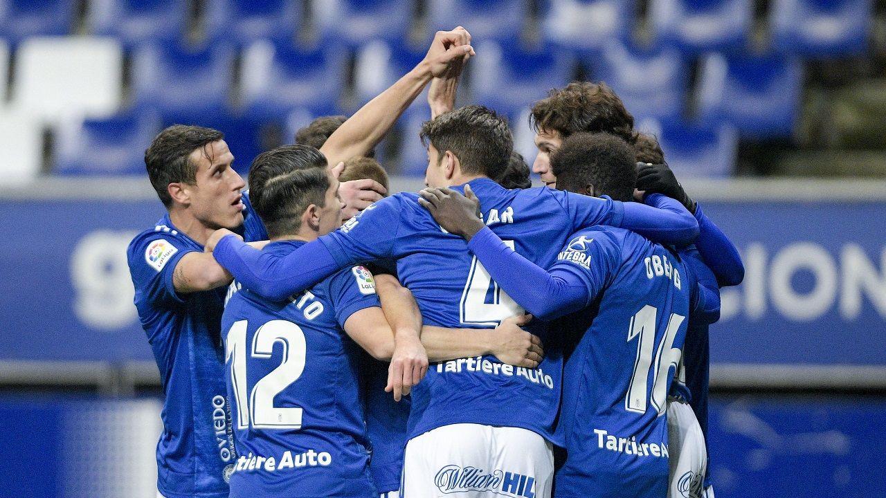 gol Lucas Ahijado Real Oviedo Malaga Carlos Tartiere.Los futbolistas del Real Oviedo celebran uno de los goles ante el Tenerife
