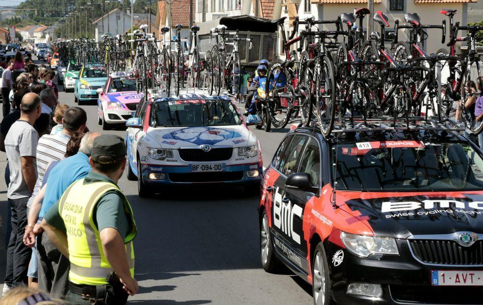 La Vuelta a España arranca en Ourense.Nairo Quintana celebra su triunfo en Lagos de Covadonga
