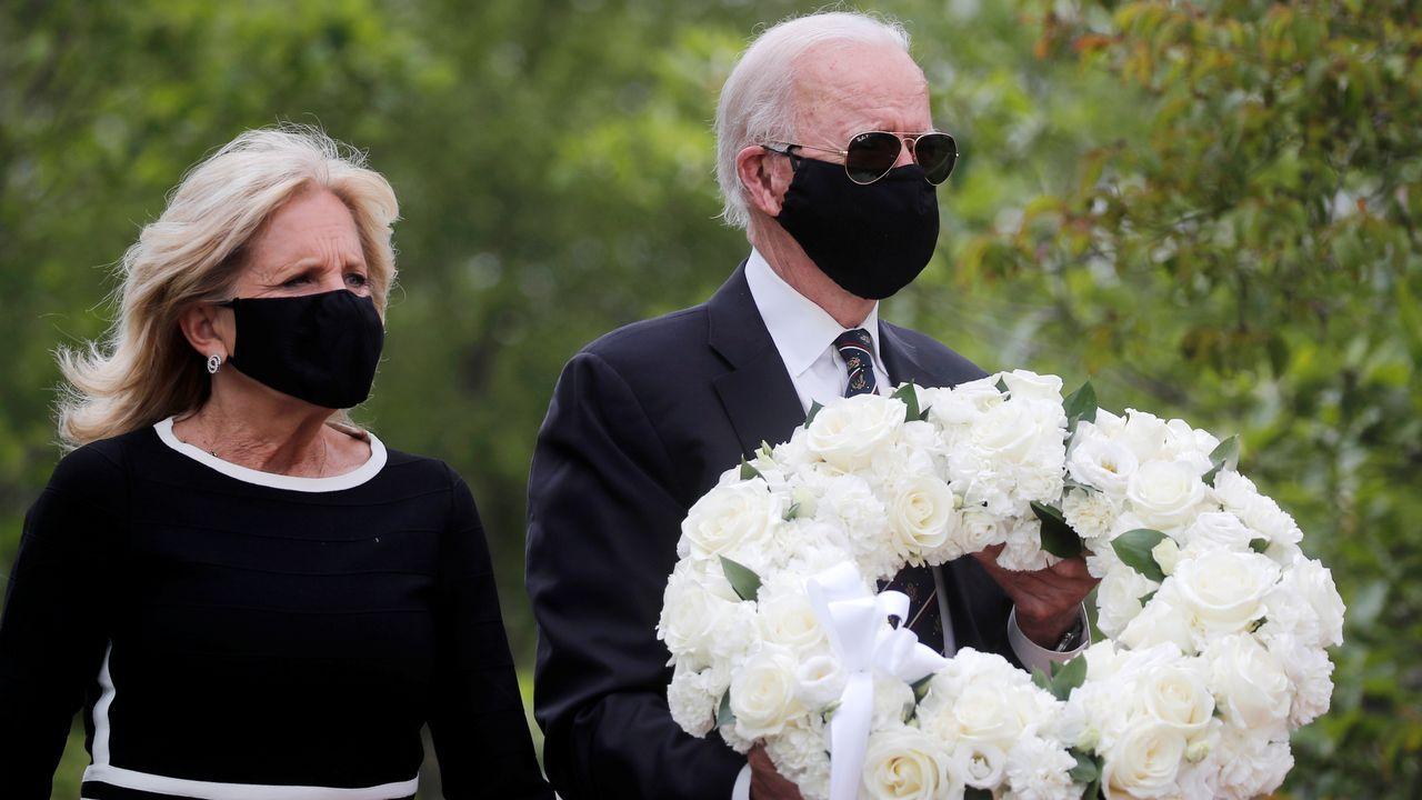Los disturbios raciales de Mineápolis se extienden a otras ciudades de EE.UU..Biden y su esposa lucían mascarillas negras en su visita al monumento en honor a los veteranos de la guerra en Delaware