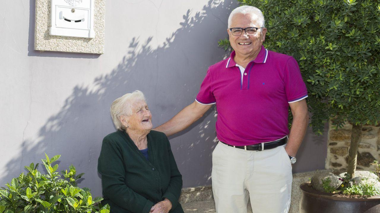 Estrella Ternande, junto al músico Jacinto Paredes