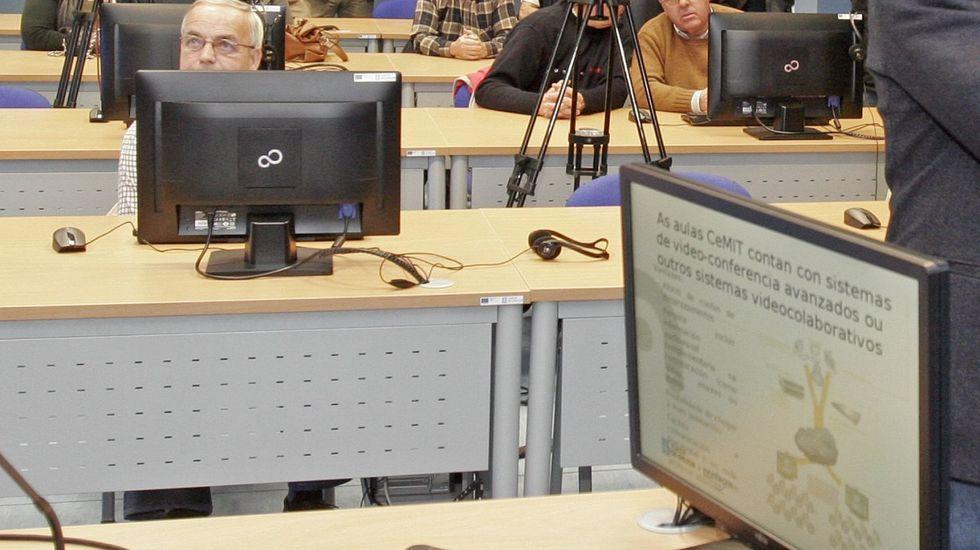 Videoconferencia del delegado de la Xunta con alcaldes