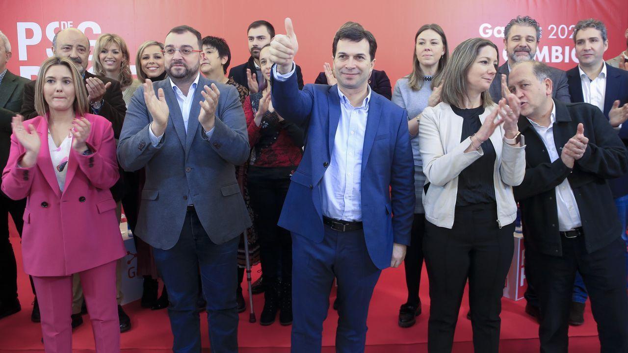Gonzalo Caballero y Adrián Barbón, con la alcaldesa de Lugo y cargos del PSOE en el acto celebrado para el reto demográfico