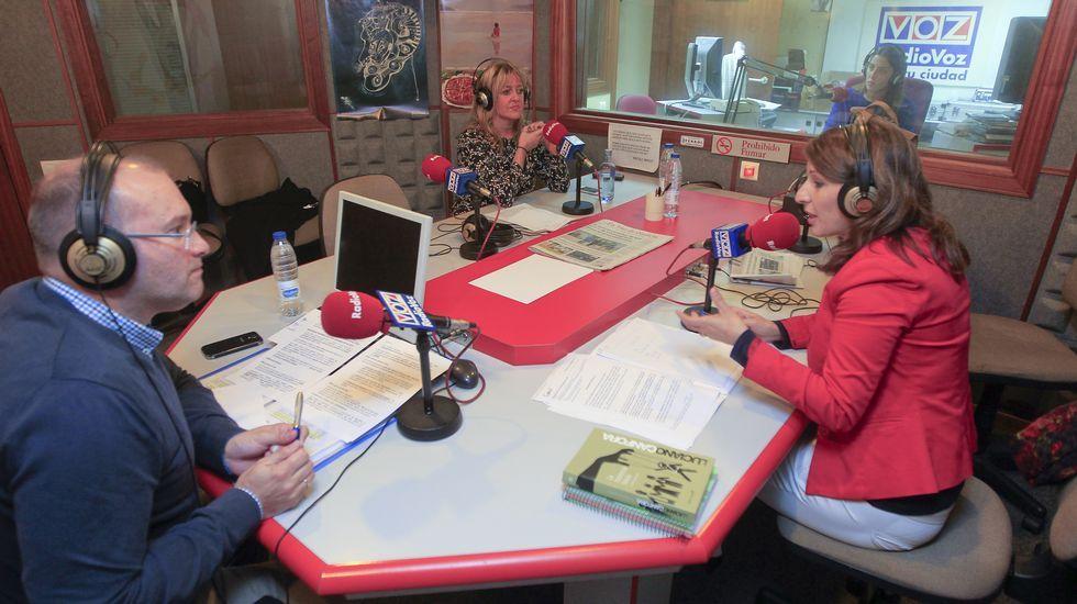«Los alcaldes de las Mareas son peores que los del PP».Susana López Ares con Mariano Rajoy y Dolores de Cospedal