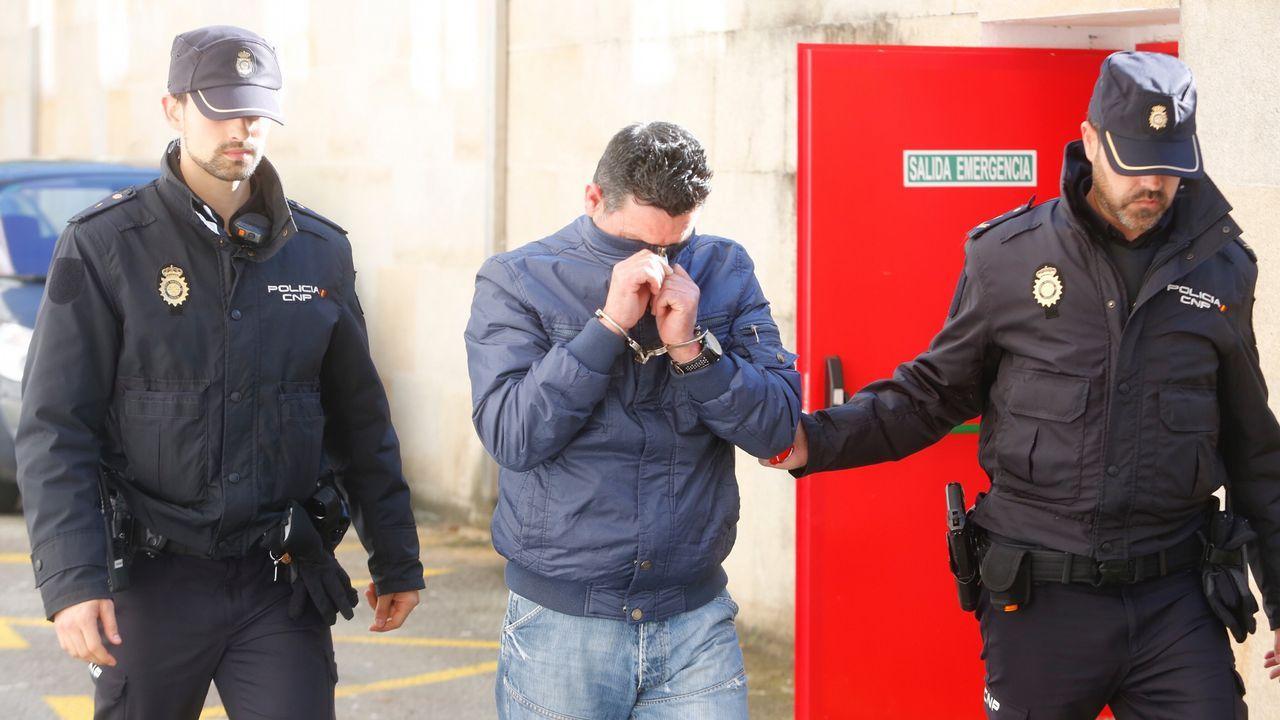 Fiscal y defensa explican lo ocurrido en la vista oral.Efectos incautados al hostelero detenido en Cangas de Onís por tráfico de drogas