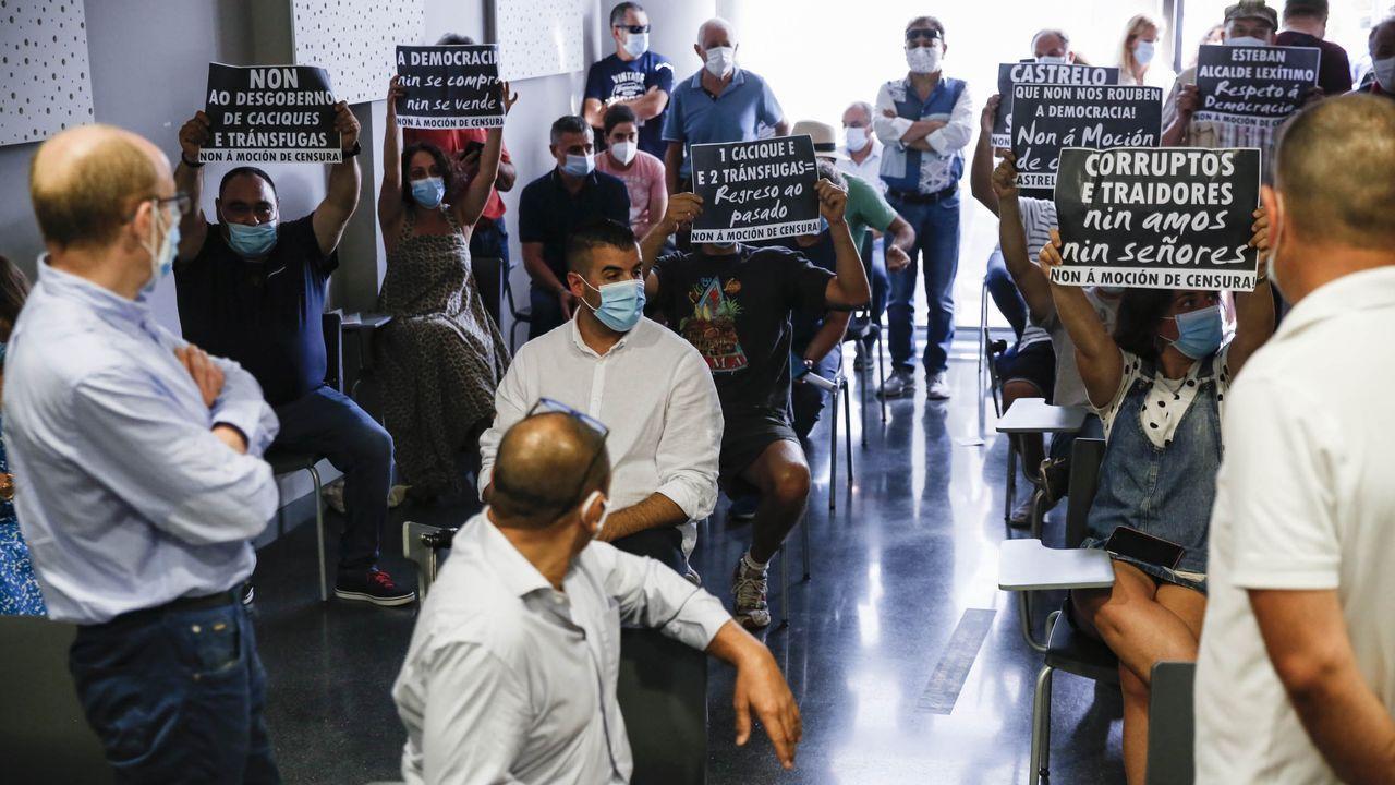Moción de censura en Castrelo de Miño, el 11 de agosto, con acusaciones de transfuguismo