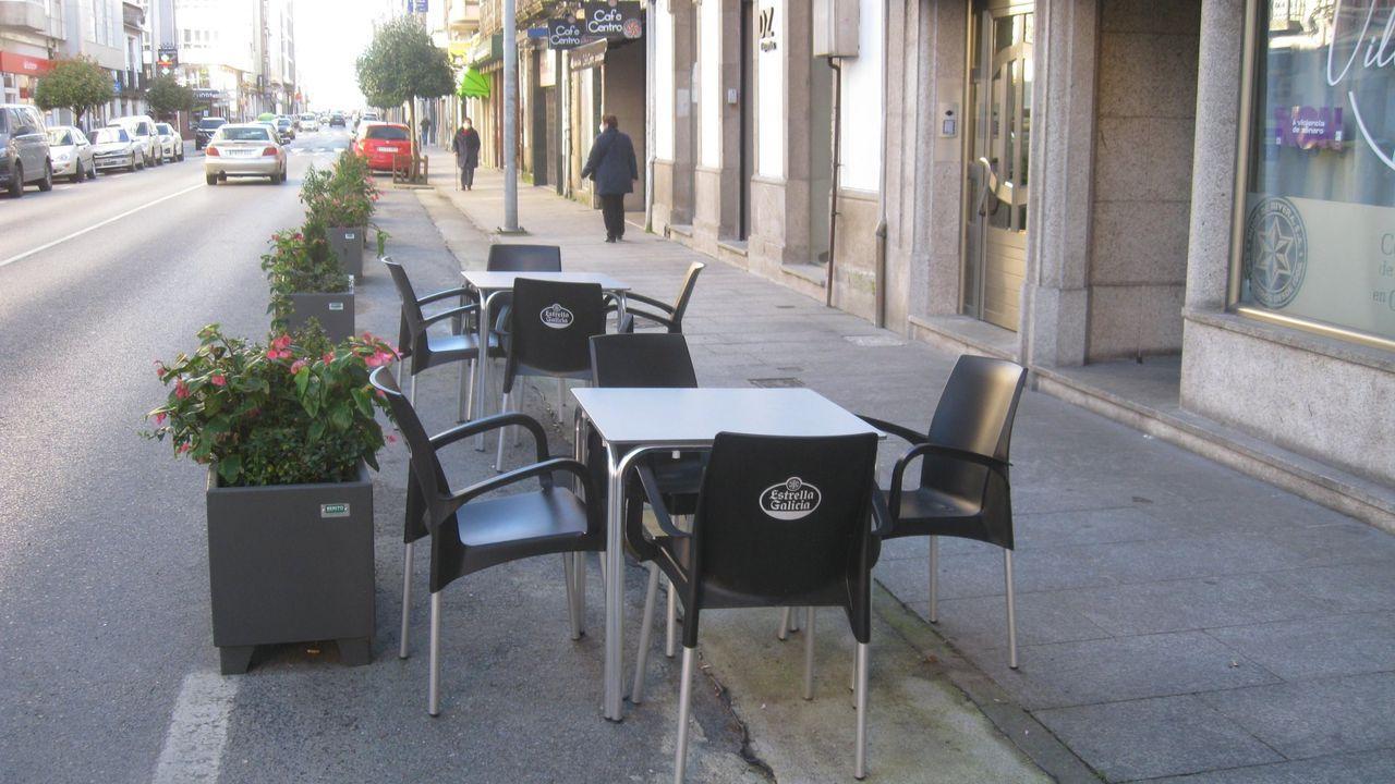 Una terraza en la rúa da Pravia en el mes de noviembre