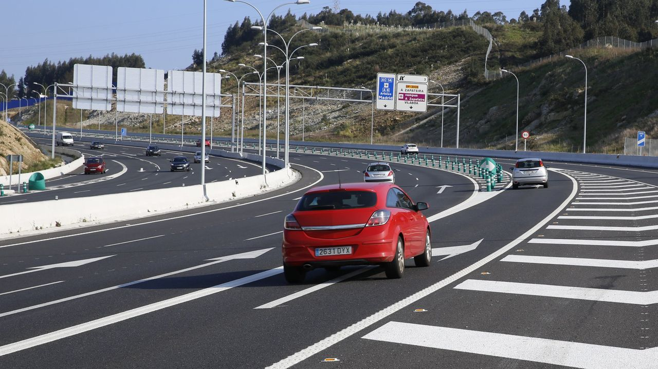 Vista de la autovía del Noroeste (A-6) en Lugo, cerca del acceso que enlaza con la carretera de A Fonsagrada