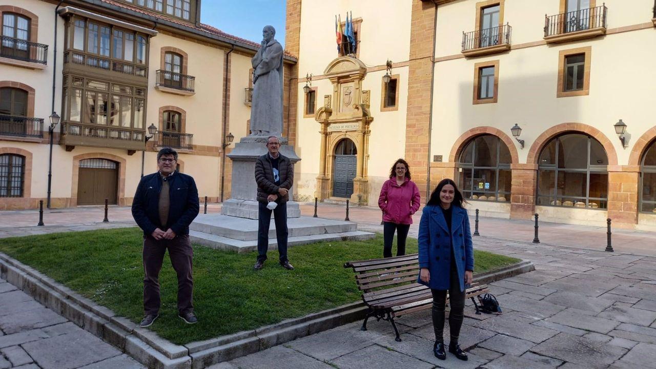 De izquierda a derecha: Miguel Gueimonde (IPLA-CSIC), Jorge Arias (Universidad de Oviedo), Silvia Arboleya (IPLA-CSIC) y Sara García (Universidad de Oviedo)