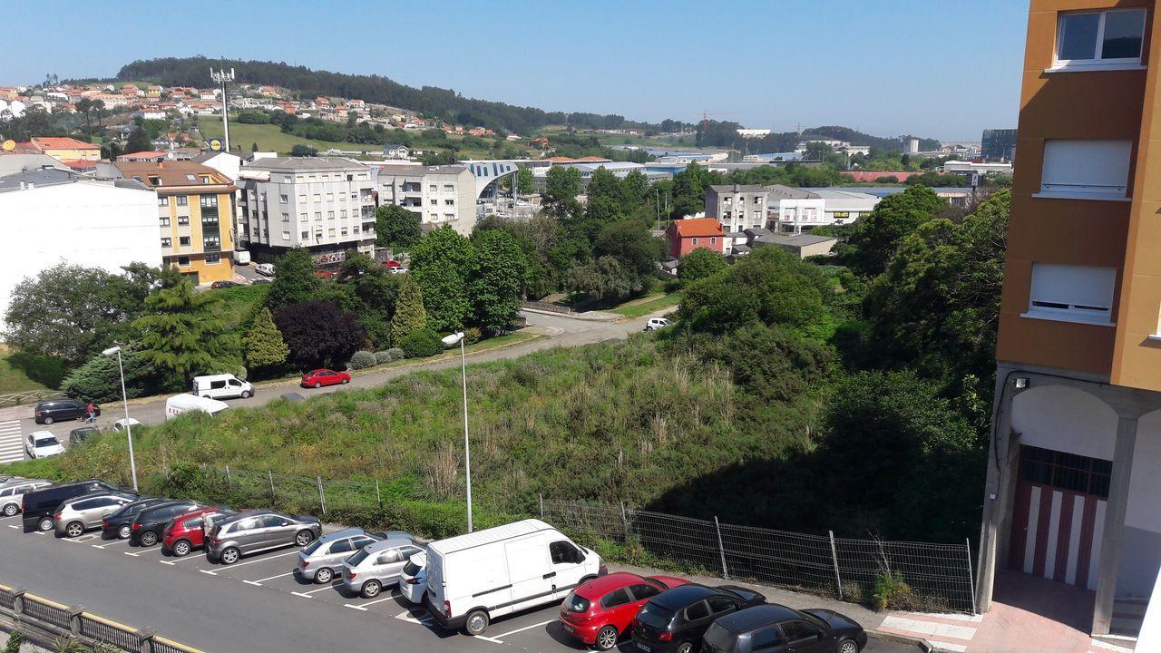 Así es el pazo de Meirás.Las grúas para la construcción de nuevos bloques de pisos vuelven a verse en las ciudades