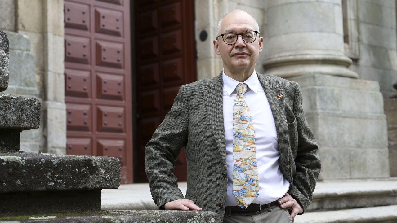 O novo decano de Xeografía e Historia, Marco García Quintela, aposta por mellorar a política de comunicación do centro