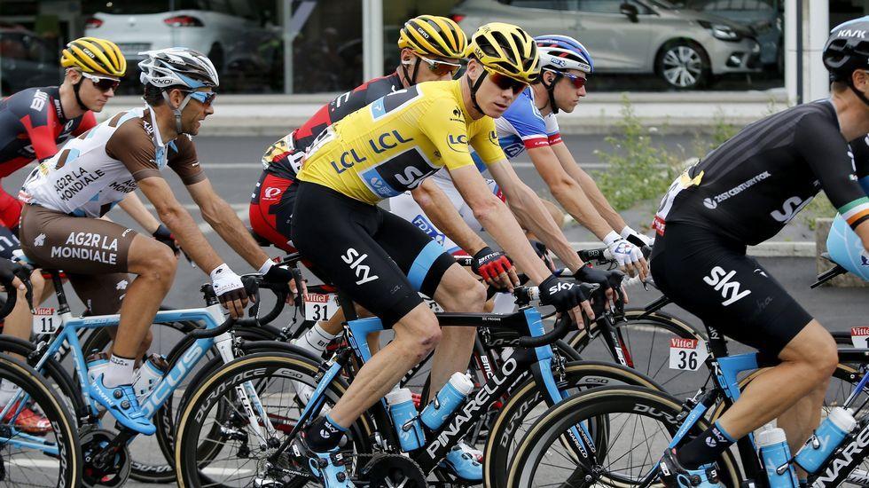 Chris Froome defendía el maillot amarillo en esta etapa