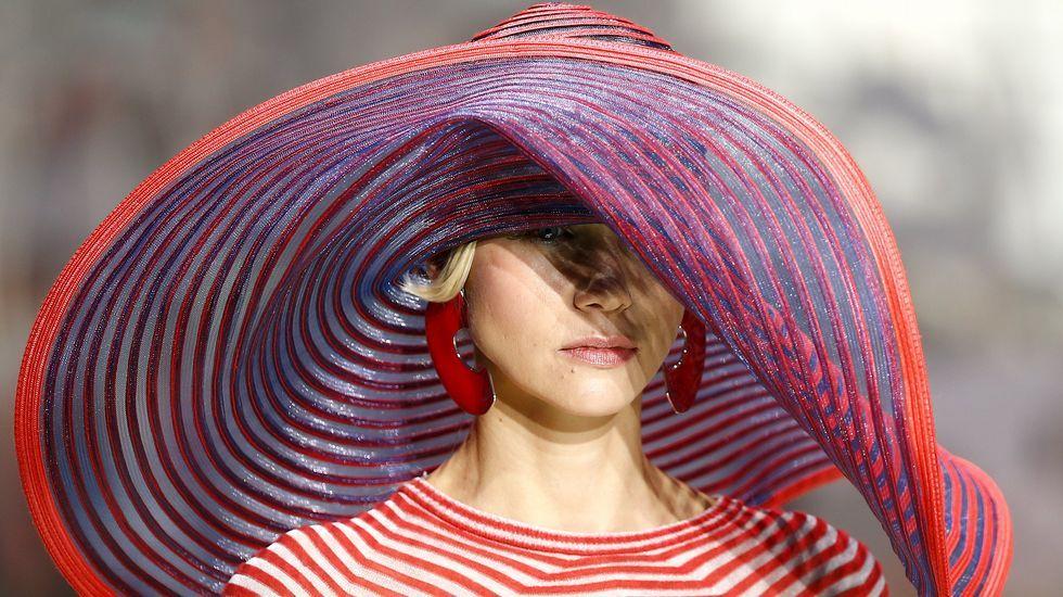Giorgio Armani cierra la semana de la moda de Milán