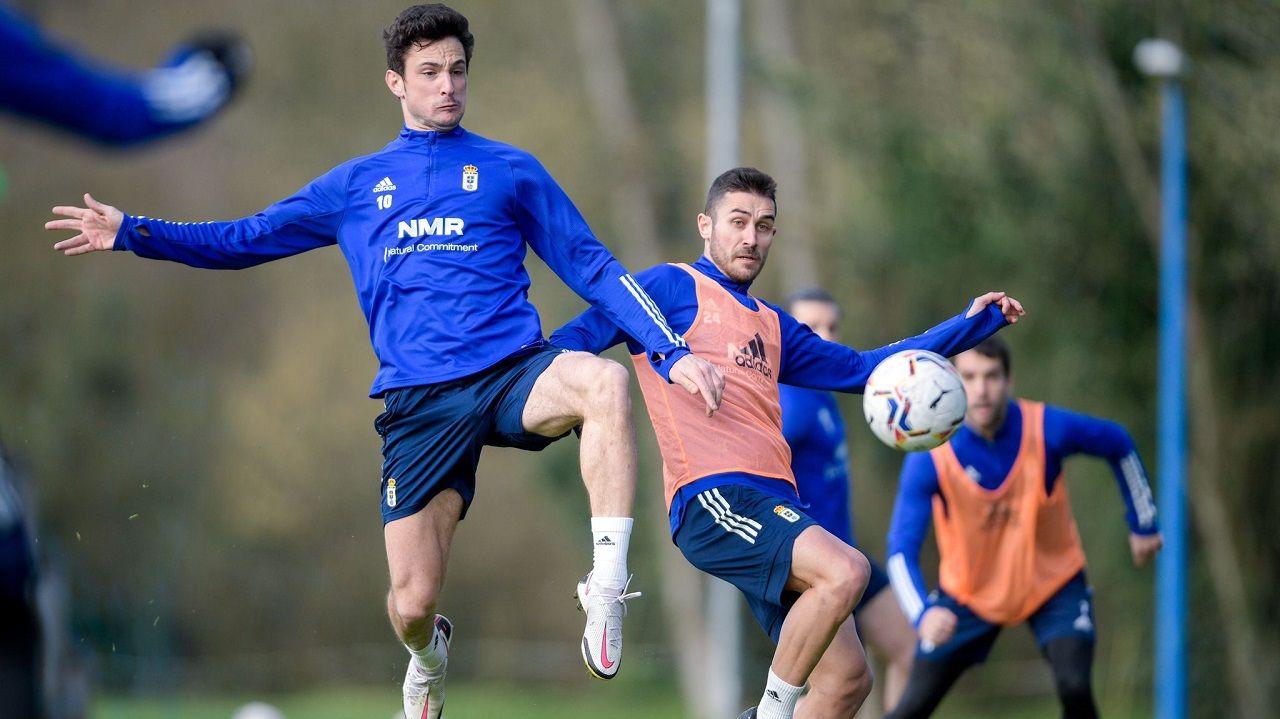 Leschuk Bueno Borja Sanchez Girona Real Oviedo Montilivi.Borja Sánchez y Lucas Ahijado, en El Requexón
