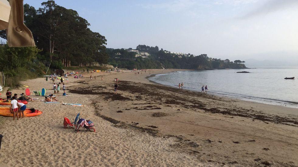 Playa de Retorta, en Boiro.Playa de Perbes, en Miño