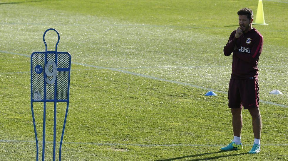 Simeone confirma la reducción de contrato
