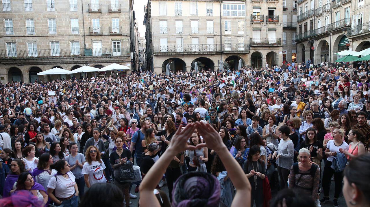 Galicia muestra su indignación por la sentencia de La Manada.Protesta en la Praza da Quintana, en Santiago