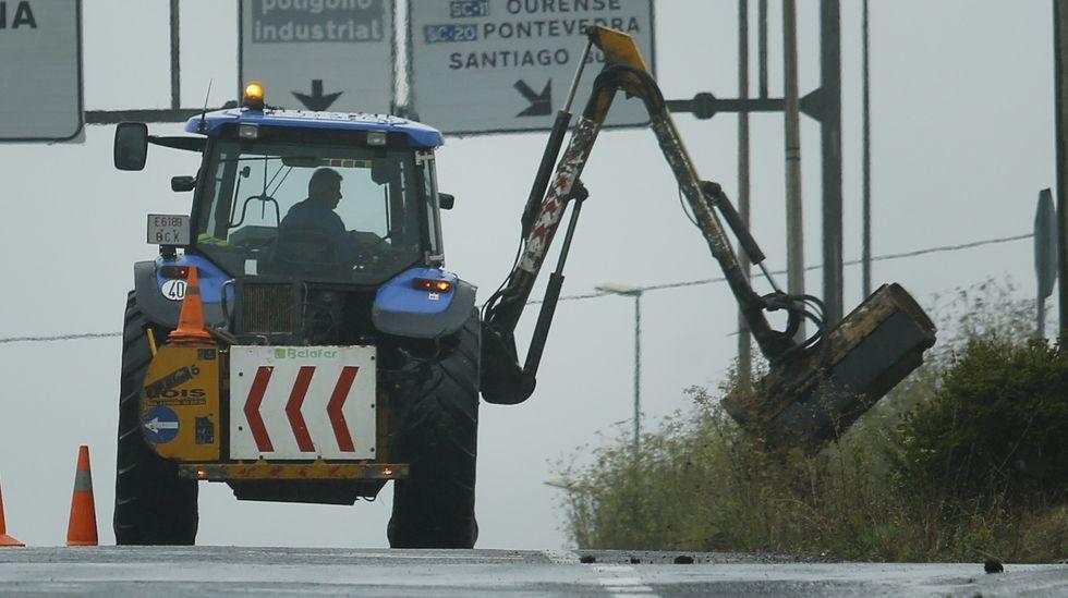 Viana comprará un tractor desbrozadora