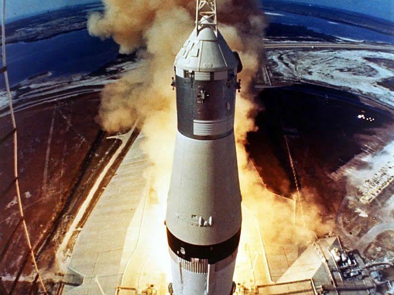 Amazon Prime Air.Imagen del Apolo 11,  que llevó a Neil Armstrong, Michael Collins y Buzz Aldrin a la luna en 1969