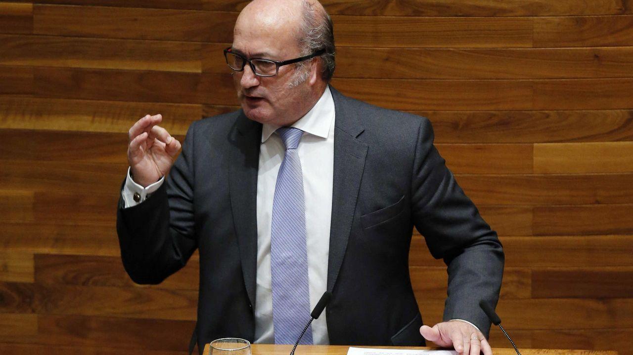 «Daré mi opinión en los plazos que marque el congreso del PP». El diputado del PP Luis Venta durante su intervención en la tercera jornada del debate de orientación política