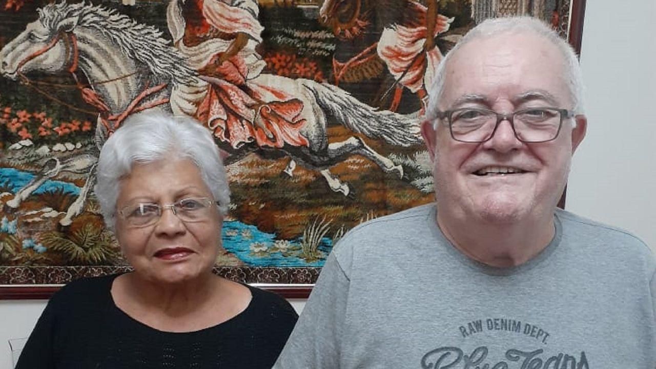 El sol llena de vida las terrazas de Ferrolterra.Juan Ignacio Blanco Carro y su mujer pasan el confinamiento en Campinas, en el el estado de Sao Paulo (Brasil), donde residen.