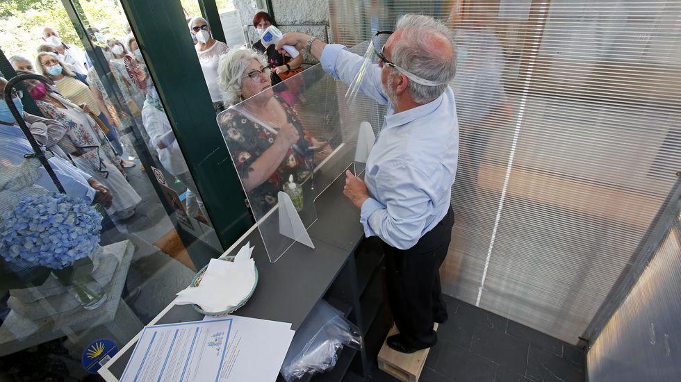 Nuevo protocolo para la recepción de peregrinos en los albergues del Camino de Santiago. Si al tomar la temperatura diese que tiene fiebre