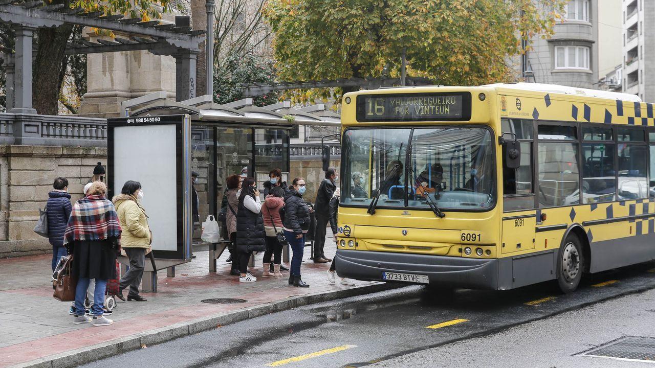 Jácome quiere invertir catorce millones en renovar los autobuses urbanos