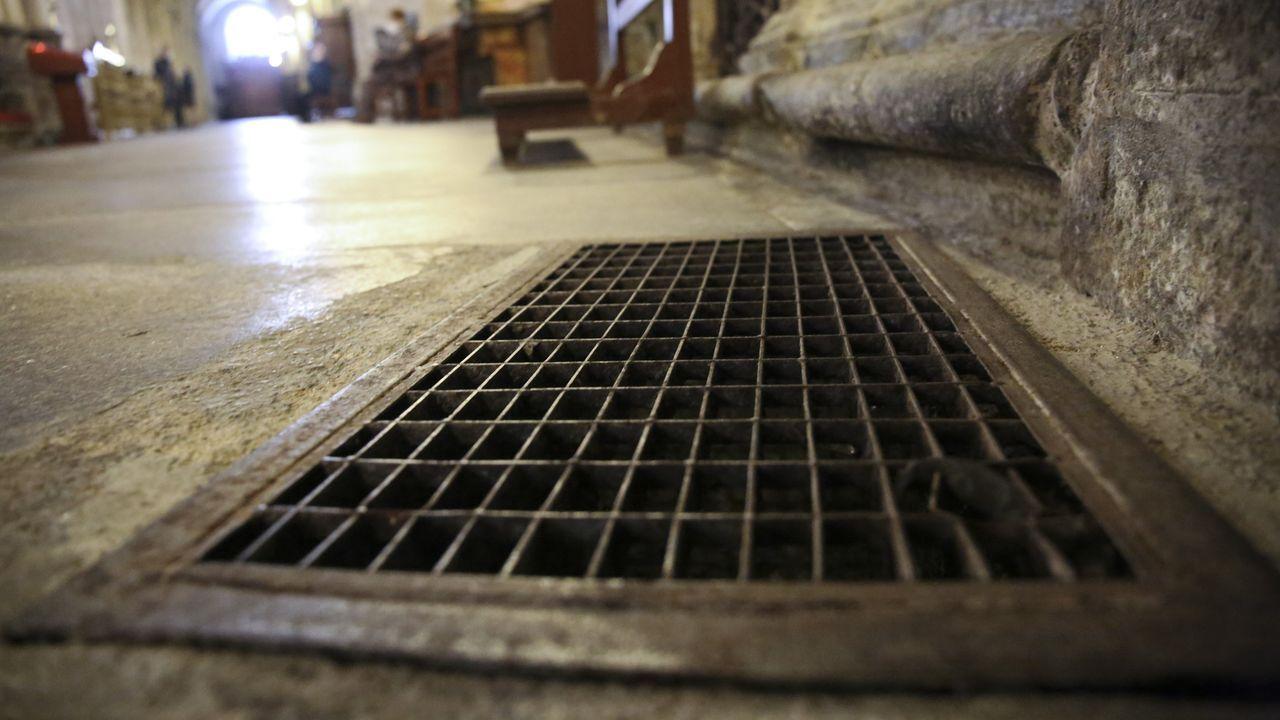 La calefeacción de la catedral funciona con aire calentado que se distribuye a través de rejillas en todo el templo