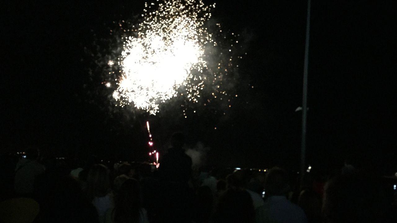 Ribeira vibró con los fuegos de artificio