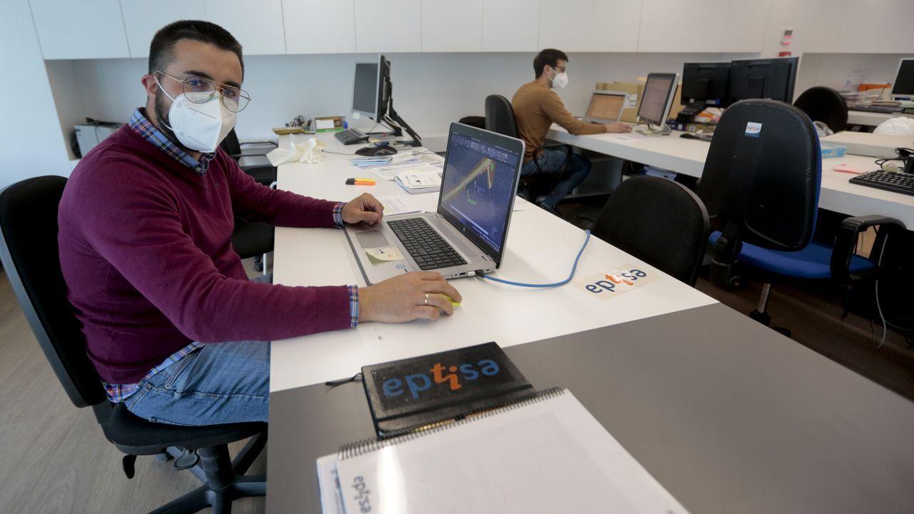 Javier Vázquez, ingeniero de Caminos, Canales y Puertos, en la empresa Eptisa en la que trabaja desde hace varios años