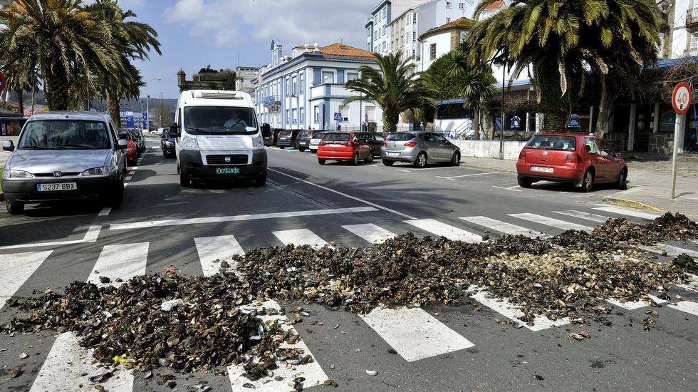 Todas las imágenes de Felipe VI en Ferrol.Equiocio estará hasta el domingo en FIMO