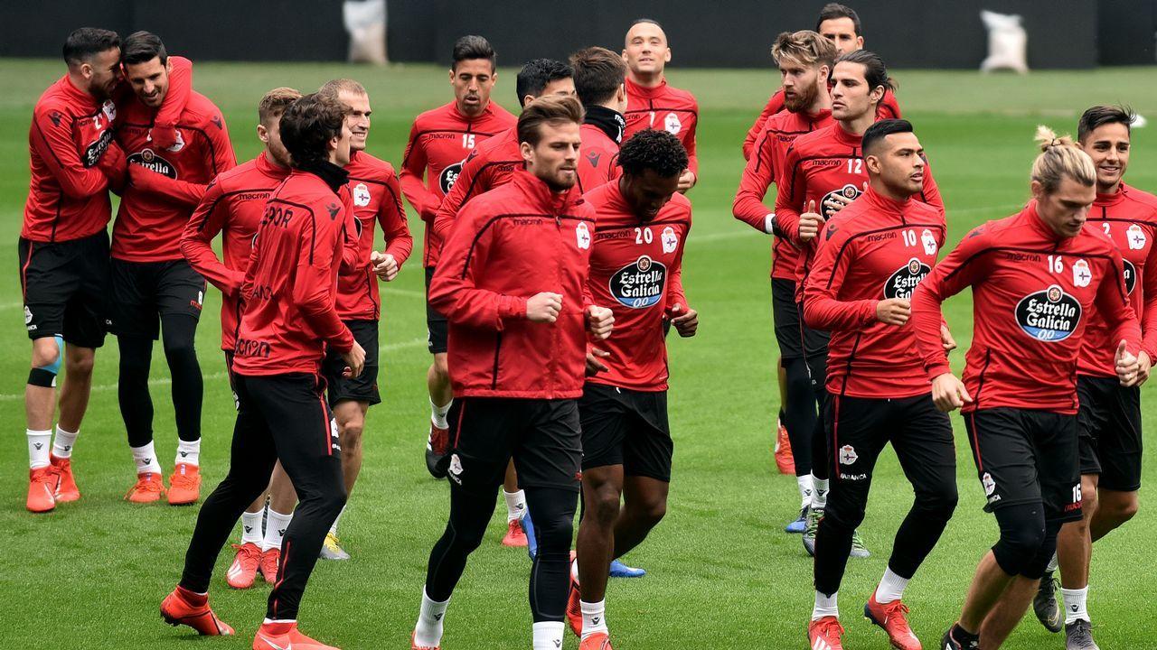 El Deportivo, durante el entrenamiento del pasado sábado en el estadio