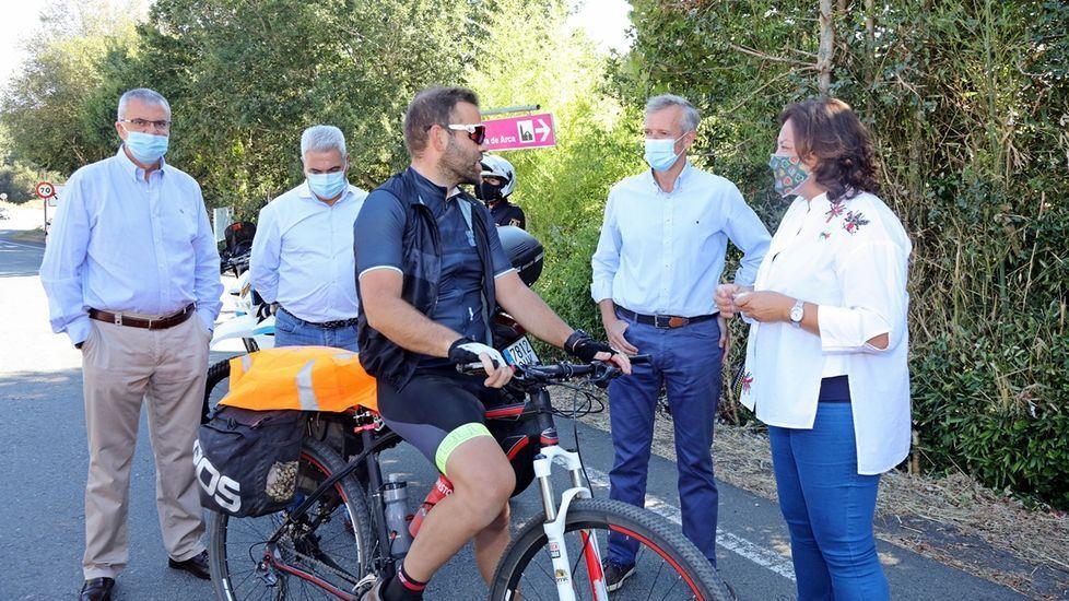 Alfonso Rueda en su visita a Pontevedra