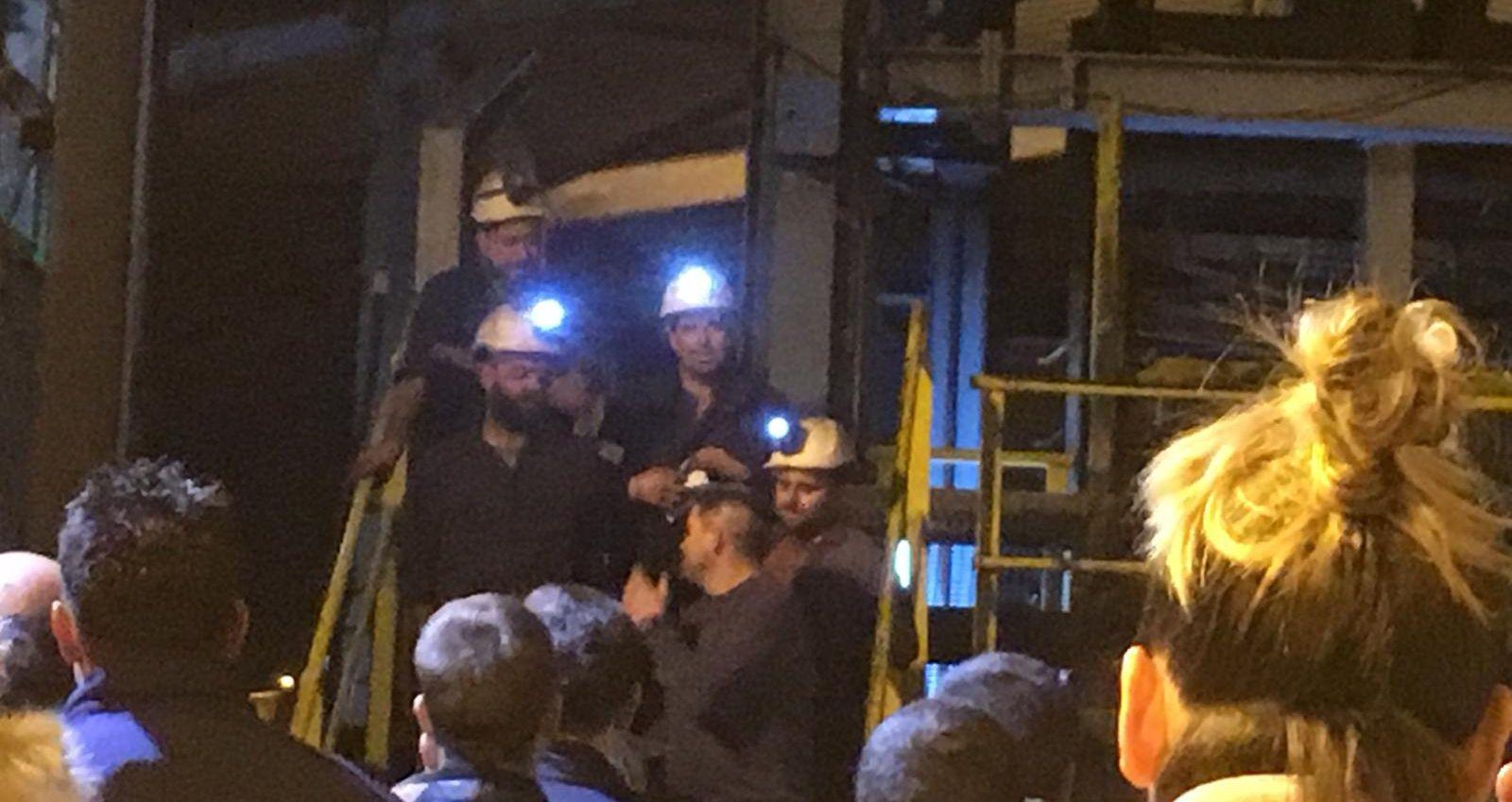 Las redes se han llenado de imágenes de los mineros saliendo del pozo Santiago