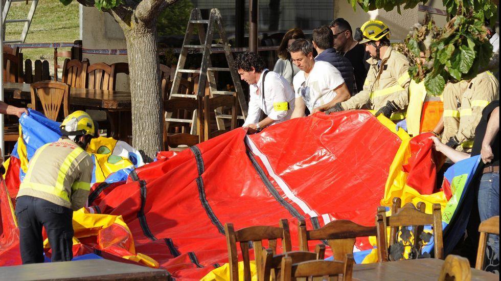 Muere una niña tras salir volando un castillo hinchable en Gerona.La sede de Duro Felguera