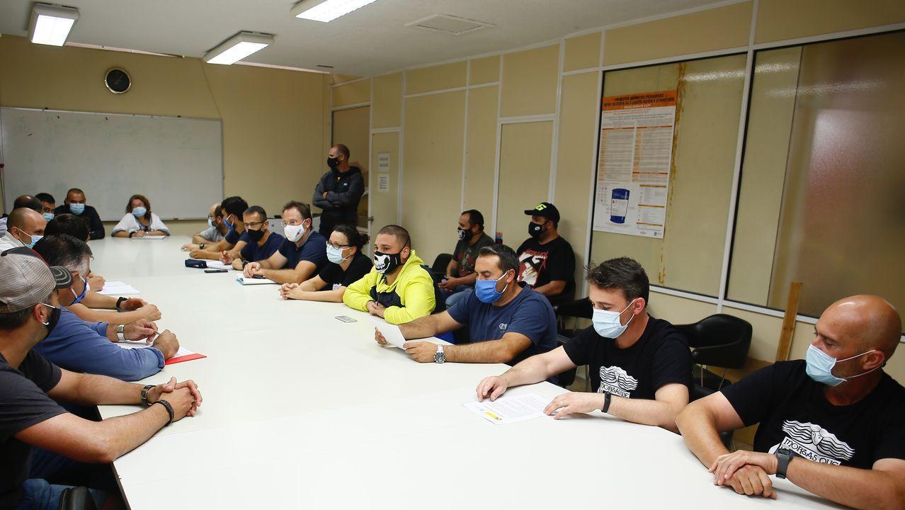 El comité de empresa de Alcoa mantuvo este miércoles una reunión en sus locales de la fábrica para analizar la situación tras el acuerdo alcanzado el martes en MAdrid